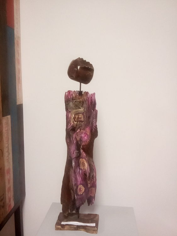 single by Nino Trindade - search and link Fine Art with ARTdefs.com