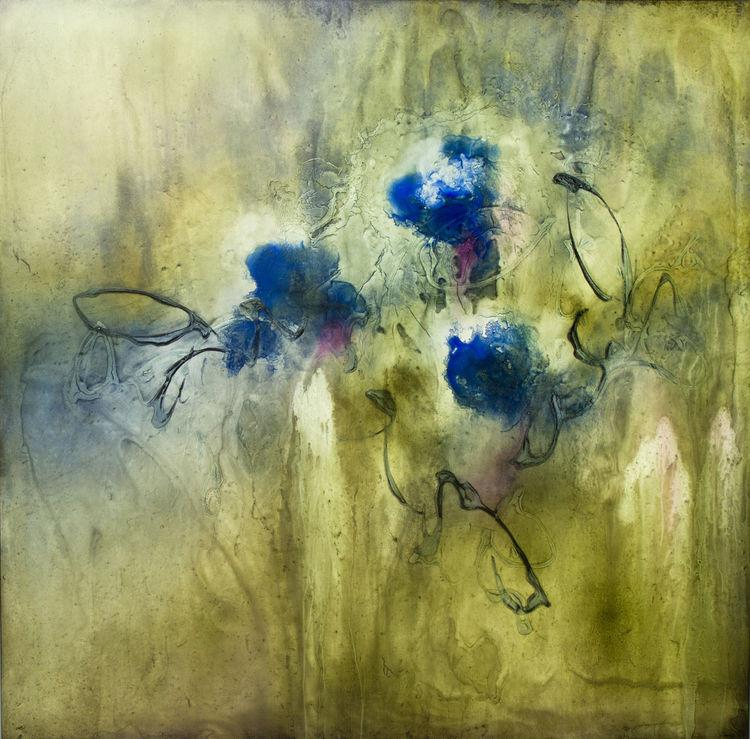 Garden Song 1 by Julie Quinn - search and link Fine Art with ARTdefs.com